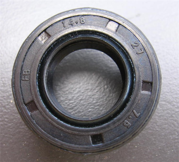 Oil-Seal-GT80-Gt4-Magneto-and-Clutch-side